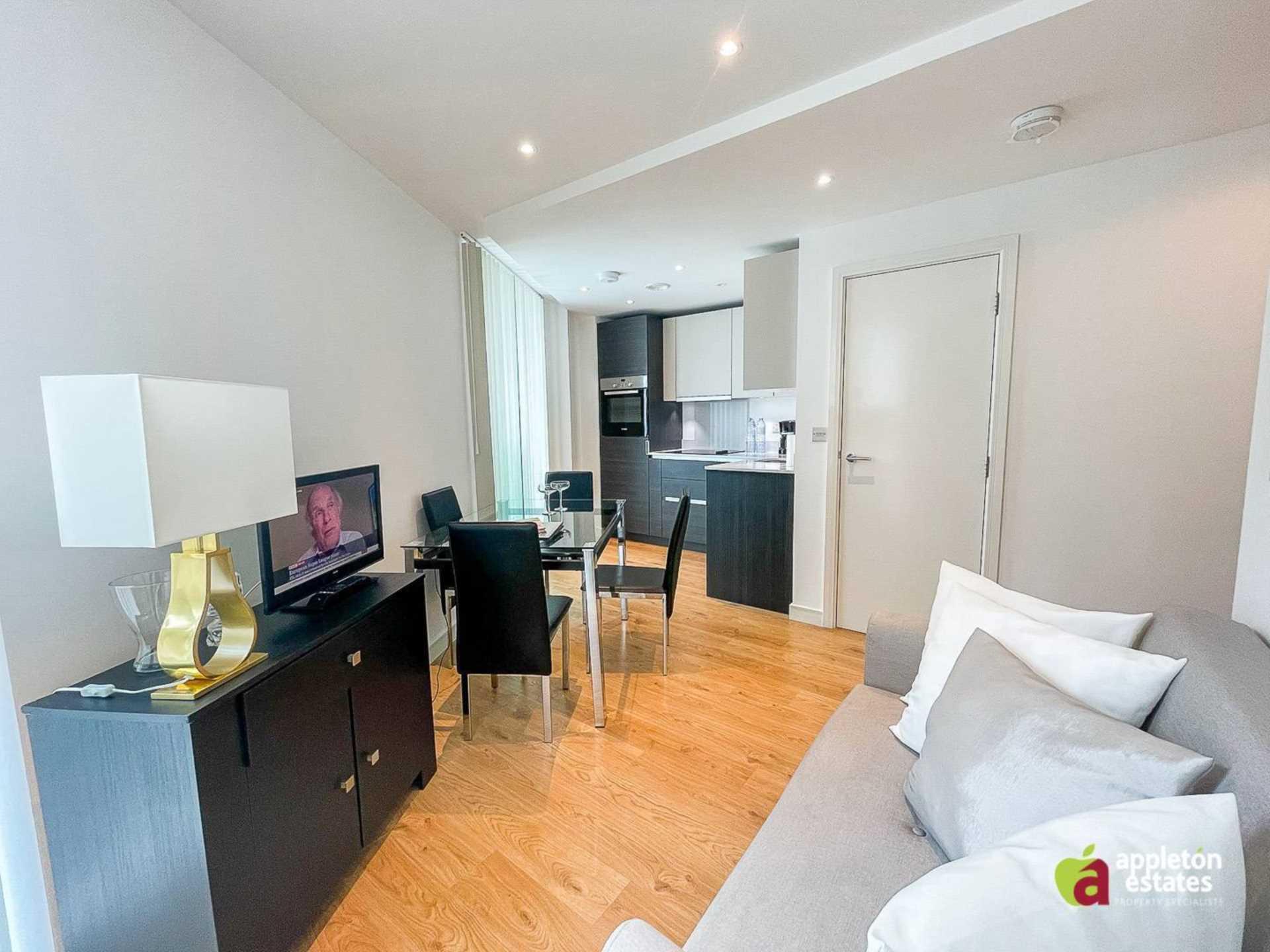 Pinnacle Apartments, Saffron Square, Central Croydon, Image 4