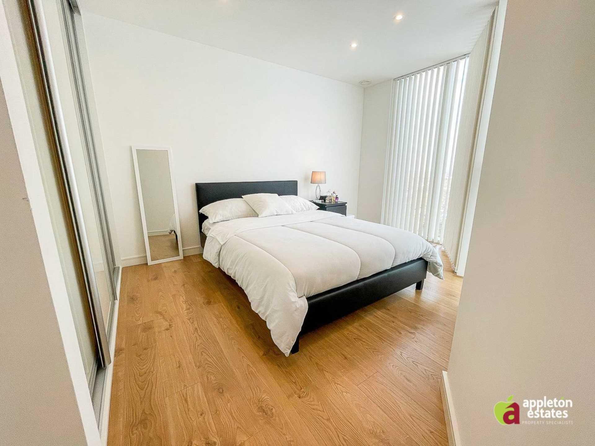 Pinnacle Apartments, Saffron Square, Central Croydon, Image 5