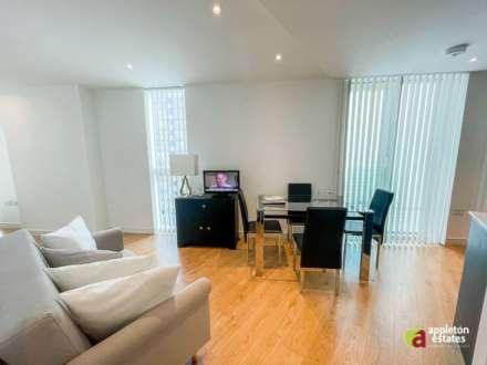 Pinnacle Apartments, Saffron Square, Central Croydon, Image 2