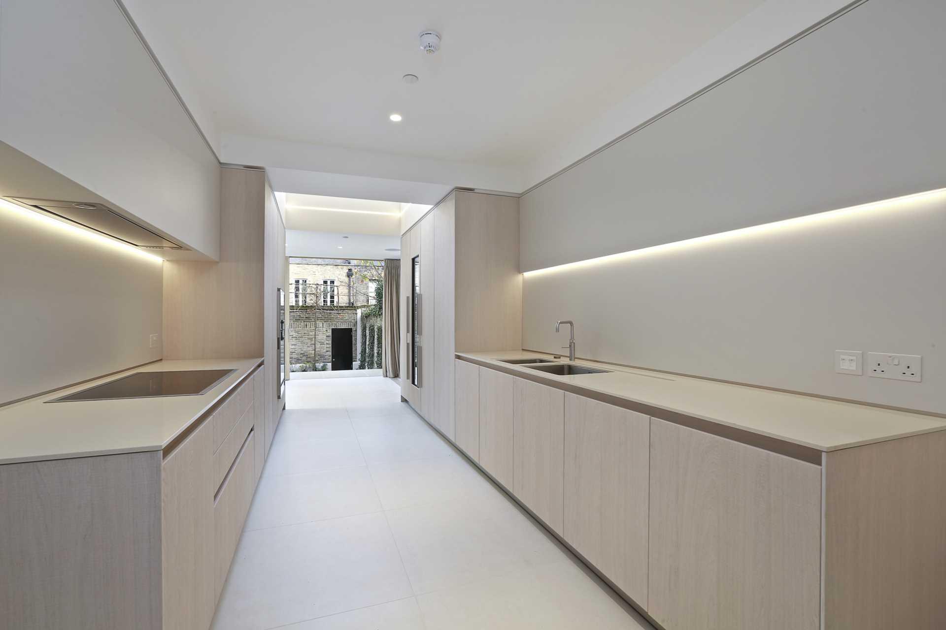 Eaton Terrace, London, Image 2