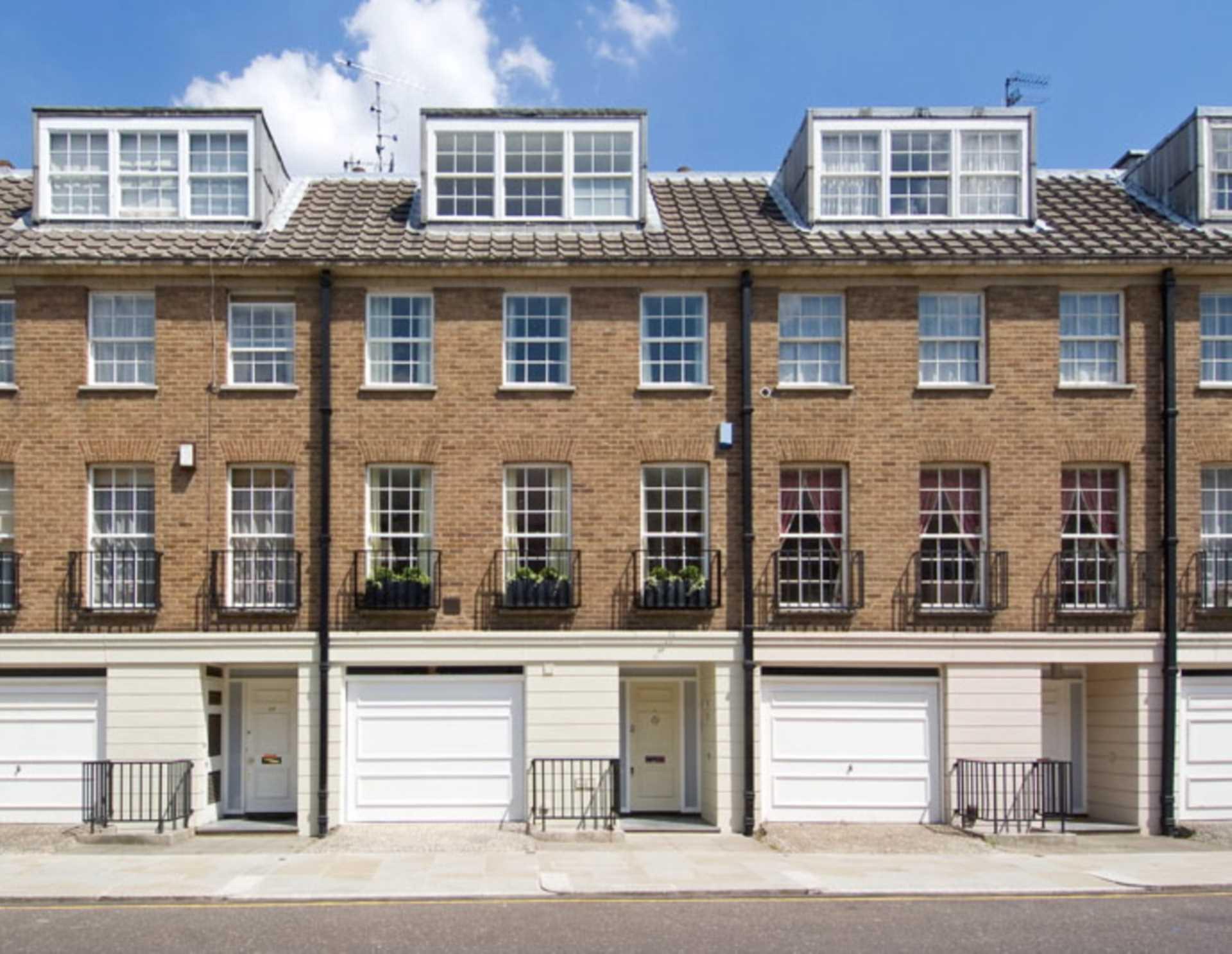 Shawfield Street, Chelsea SW3, Image 1