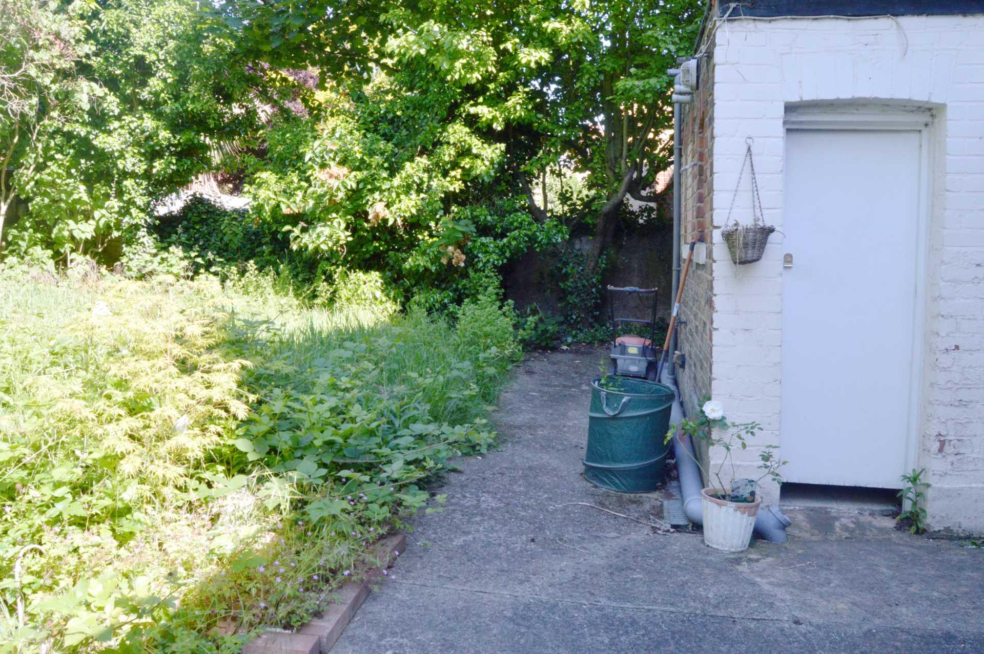 Emanuel Avenue, Acton, Image 7