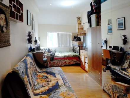 Property For Rent High Street, Acton, London