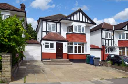 3 Bedroom Semi-Detached, Cheyne Walk, Hendon