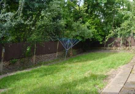 Cheyne Walk, Hendon, Image 19