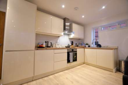 ***HELP TO BUY AVAILABLE *** Kingfisher Parde, East Wittering, Image 3