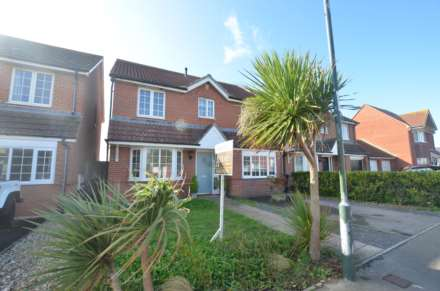 5 Bedroom Detached, Tide Way, Bracklesham