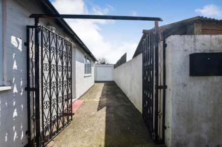 Little Rumford, Russell Road, West Wittering, PO20 8EF, Image 12