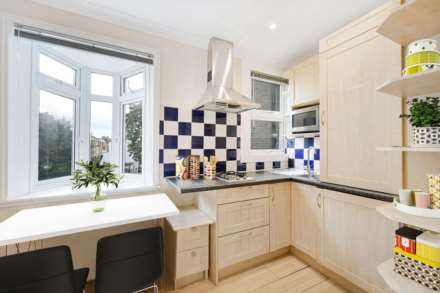 Cresswell Gardens, Gloucester Rd  SW5, Image 1