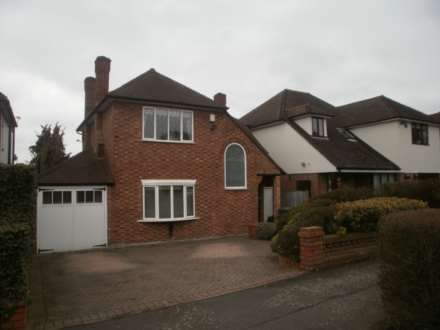 4 Bedroom Detached, Beresford Drive, Woodford