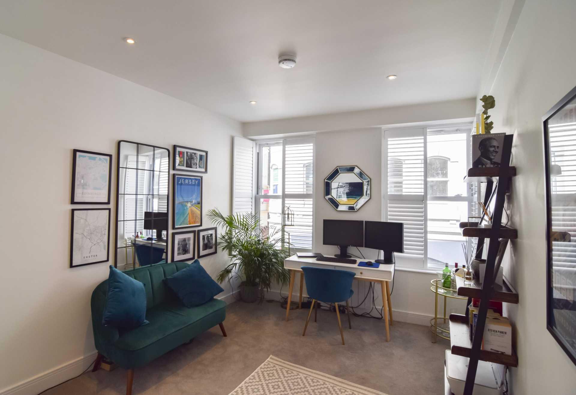 Flat 6, Waterloo Apartments, Image 13