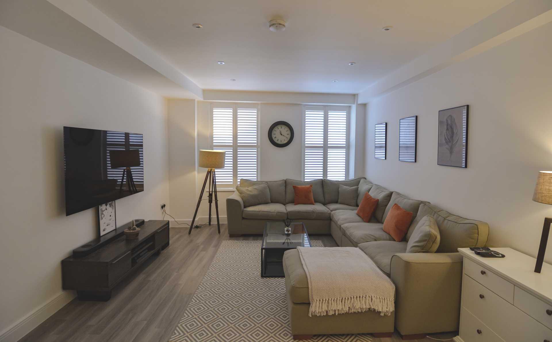 Flat 6, Waterloo Apartments, Image 2