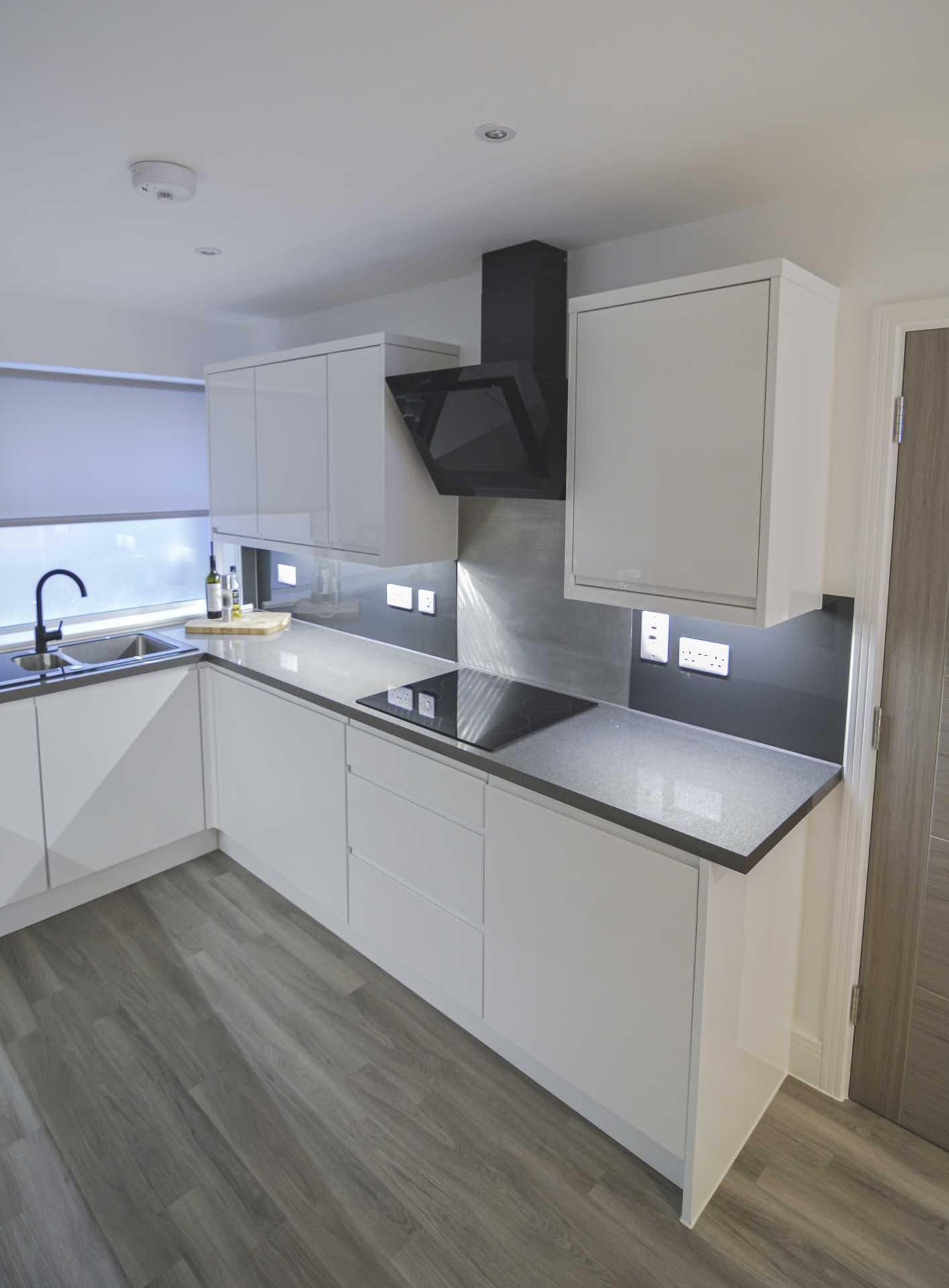 Flat 6, Waterloo Apartments, Image 5
