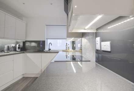 Flat 6, Waterloo Apartments, Image 3