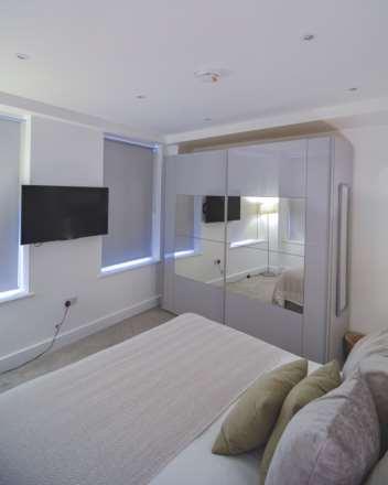 Flat 6, Waterloo Apartments, Image 9