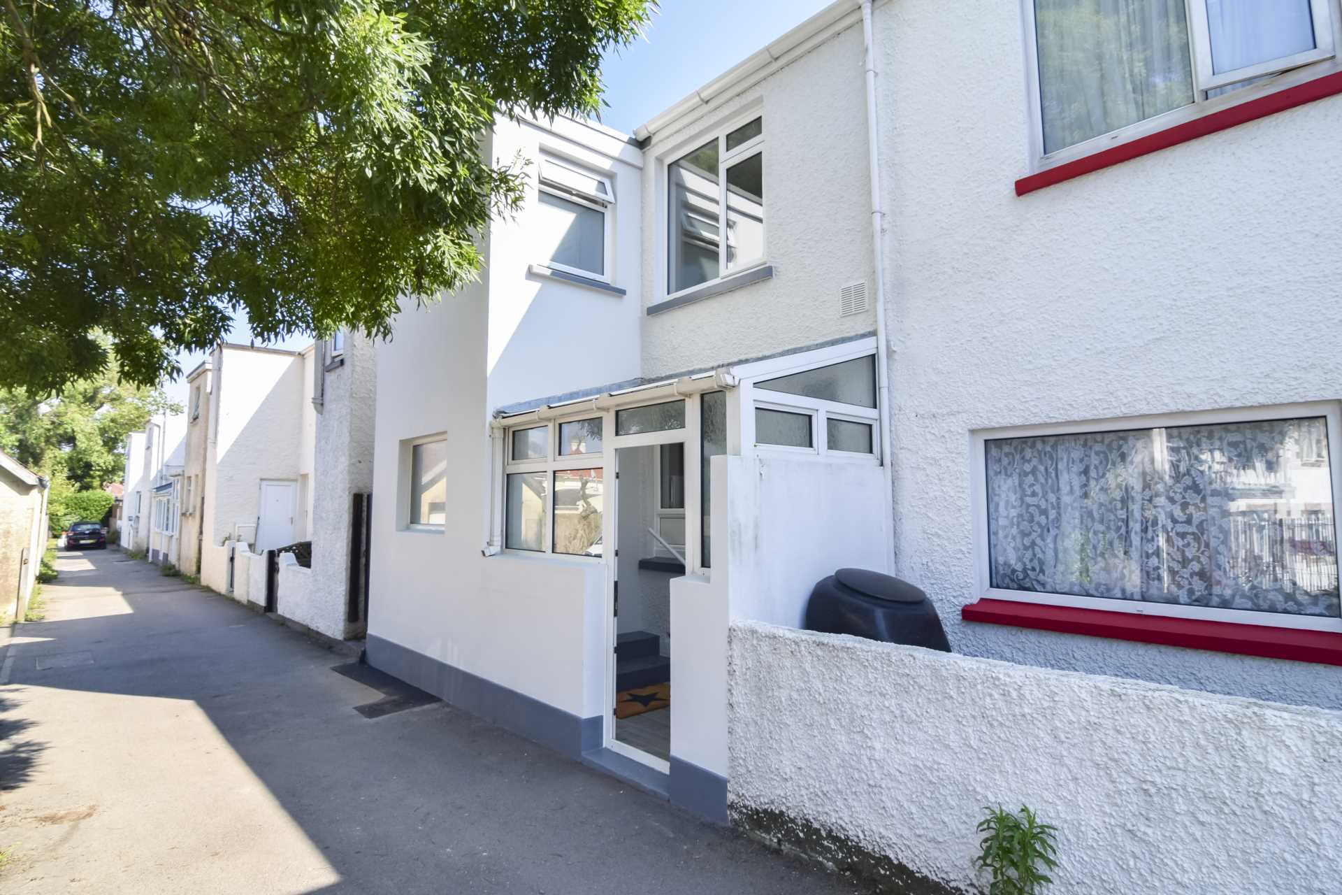 13, Beach Road, St Clement, Image 24