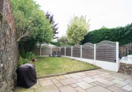 2 Bedroom Flat, The Garden Apartment, St Helier