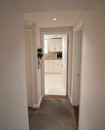 The Garden Apartment, St Helier, Image 4