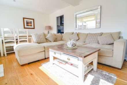 2 Bedroom Flat, Hansford Apartments, Hansford Lane