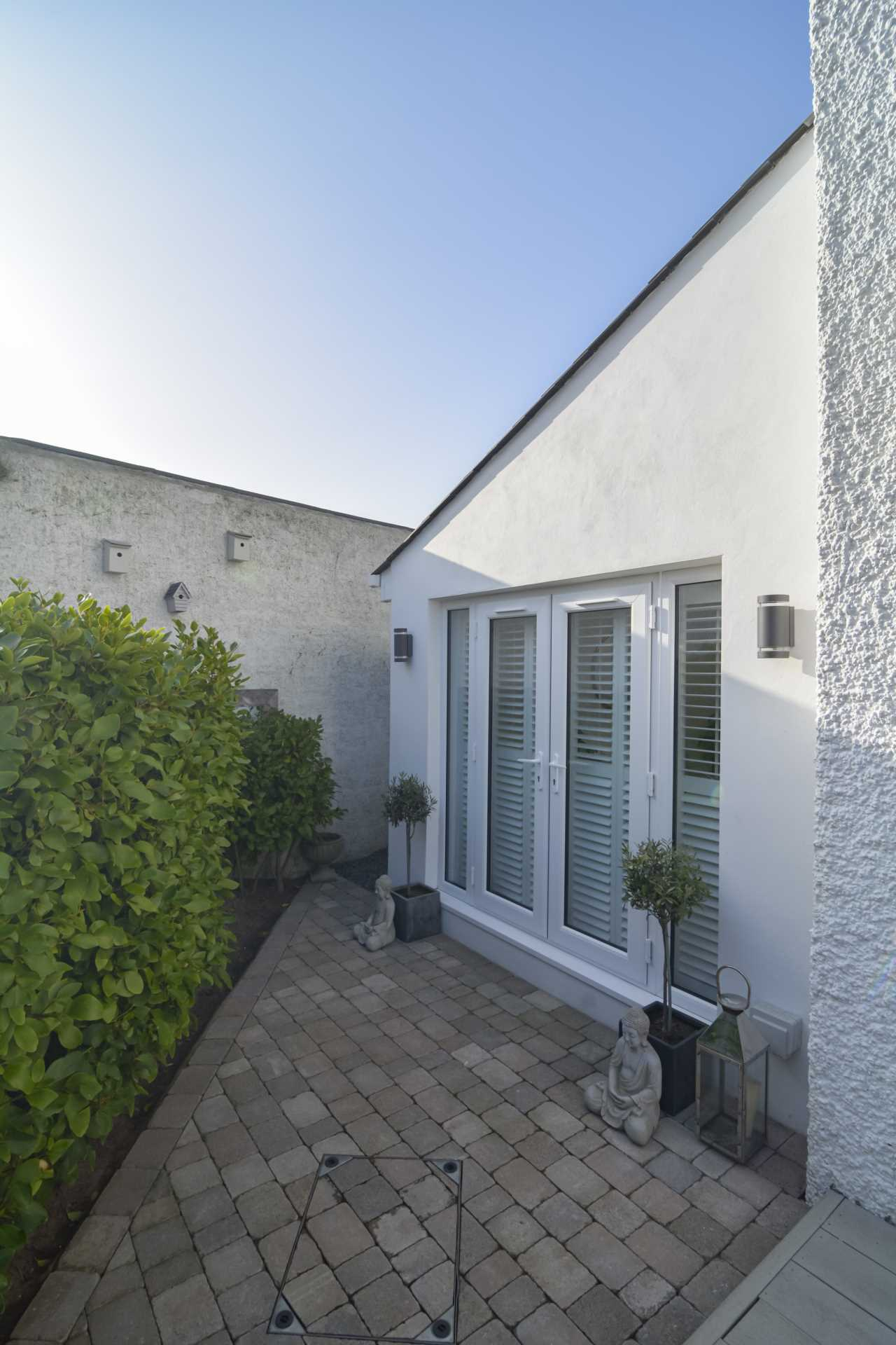 2/3 Bedroom property in St Clements, Image 5