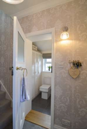 2/3 Bedroom property in St Clements, Image 10