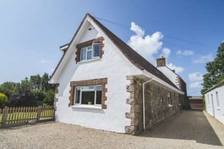 4 Bedroom Semi-Detached, La Val Aume, St Saviour