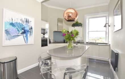 2 Bedroom Apartment, Portland Place, Bath