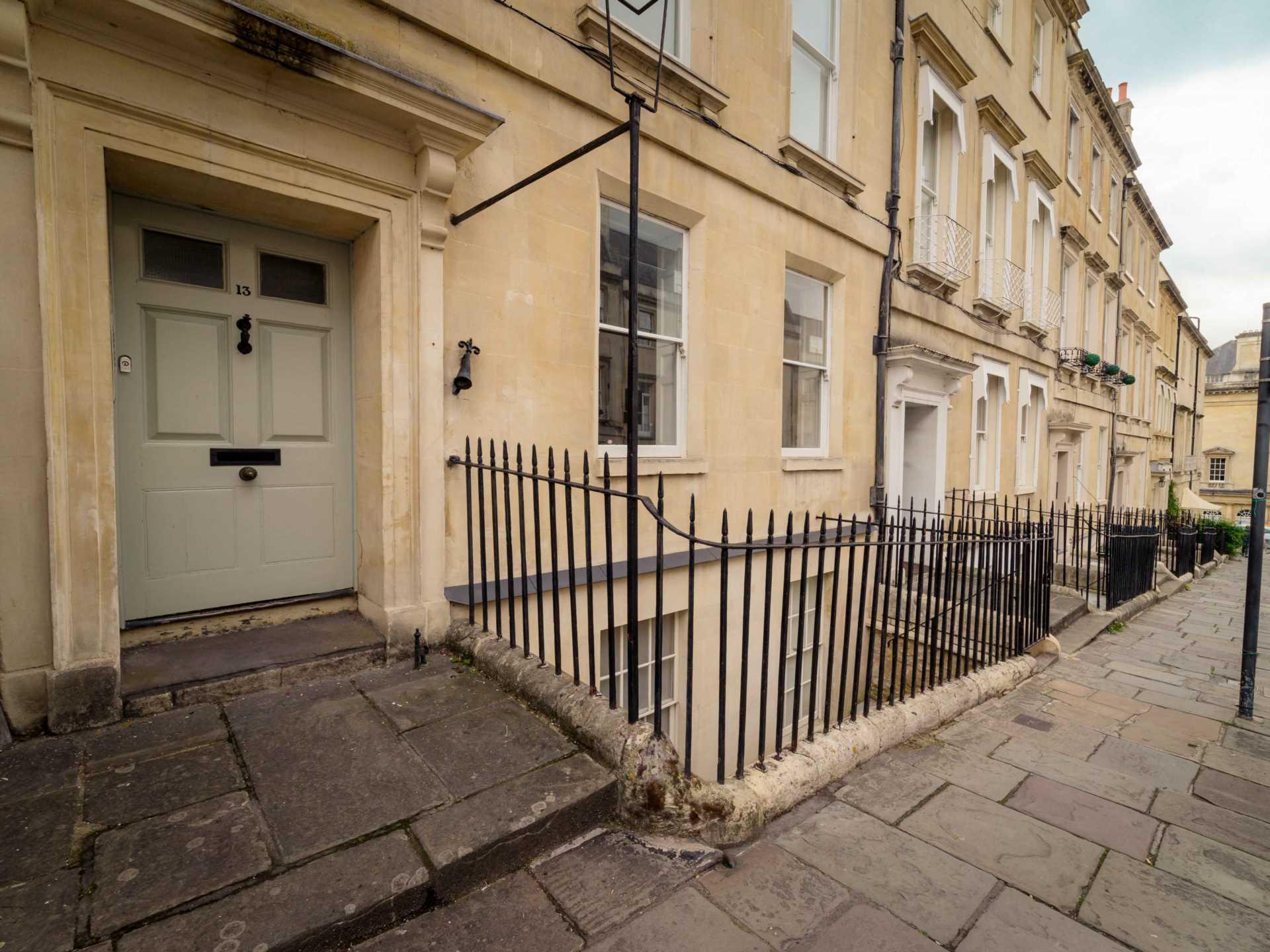 Russell Street, Bath, Image 7