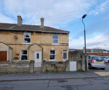 2 Bedroom End Terrace, Southview Road, Bath