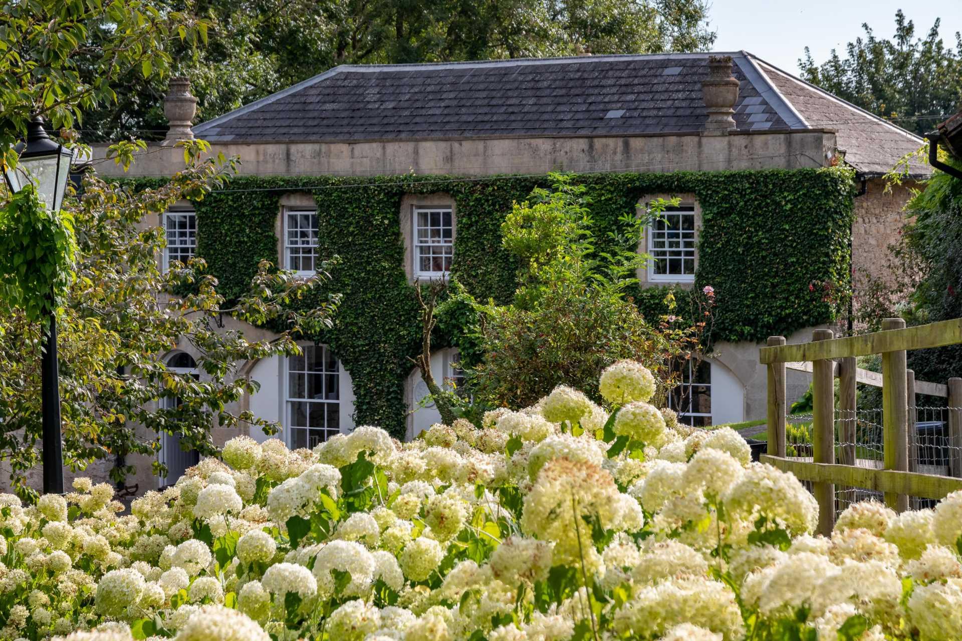 Coach House Estate, Battlefields, Lansdown, Bath, Image 1
