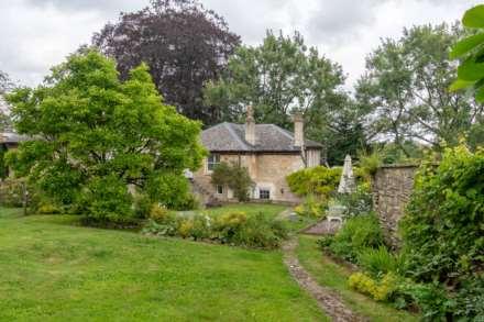 Coach House Estate, Battlefields, Lansdown, Bath, Image 16