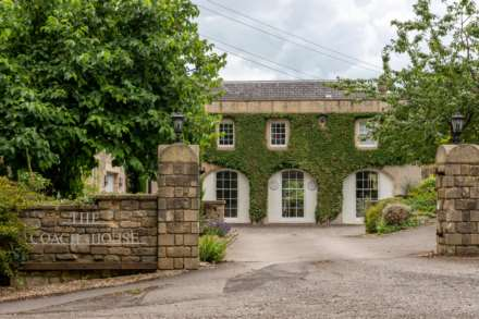 Coach House Estate, Battlefields, Lansdown, Bath, Image 2