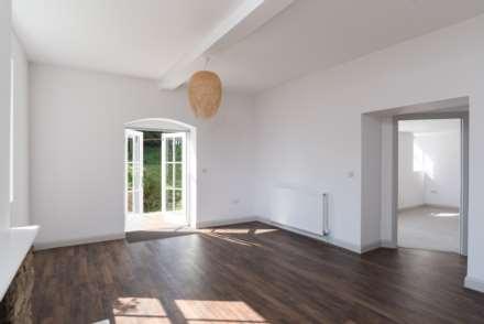Coach House Estate, Battlefields, Lansdown, Bath, Image 25