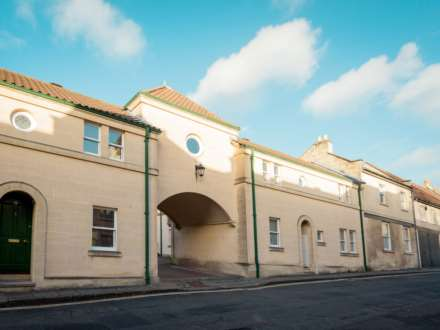 Property For Rent Circus Mews, Bath