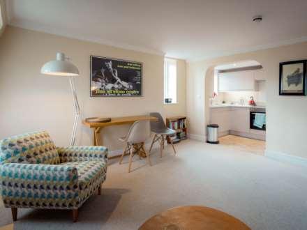 1 Bedroom Apartment, Fountain Buildings, Bath