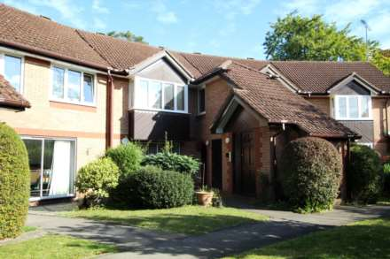 Property For Sale The Cloisters, Caversham, Reading