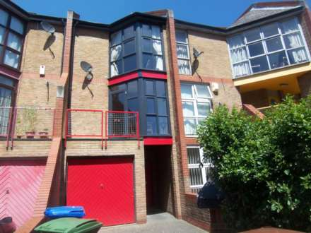 3 Bedroom Terrace, Holyoake Court, Bryan Road, SE16 5HJ