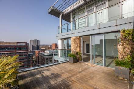 4 Bedroom Apartment, Leftbank, Spinningfields, Manchester