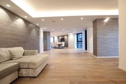 City Suites, Chapel Street, Manchester, Image 4