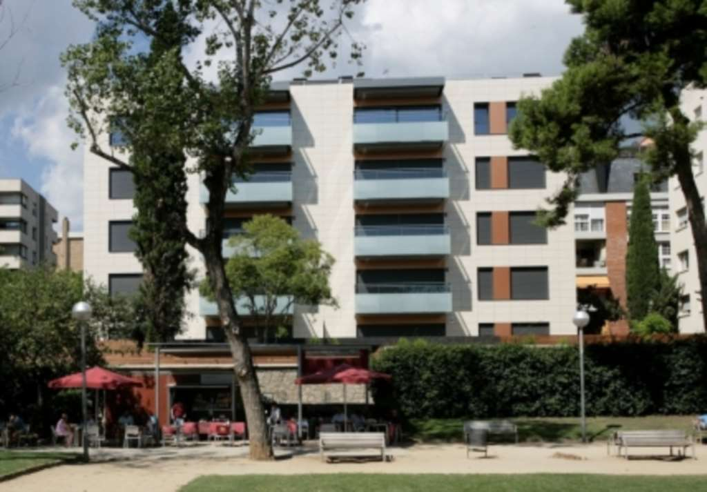Charles Derby Estates - 3 Bedroom Apartment, Carrer De Granduxe, Barcelona, Spain