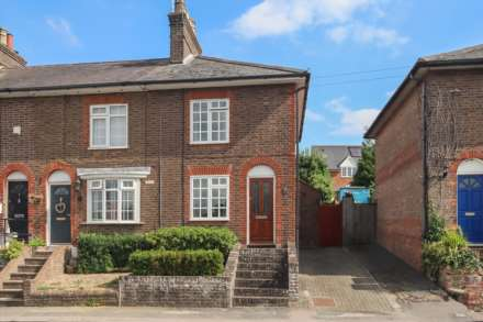 New Mill Terrace, Tring, Image 1