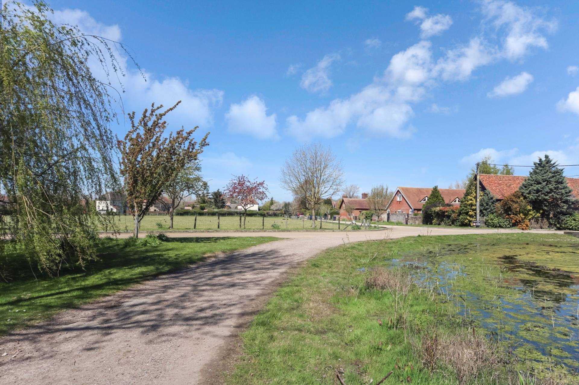 New Road, Tring, Image 19