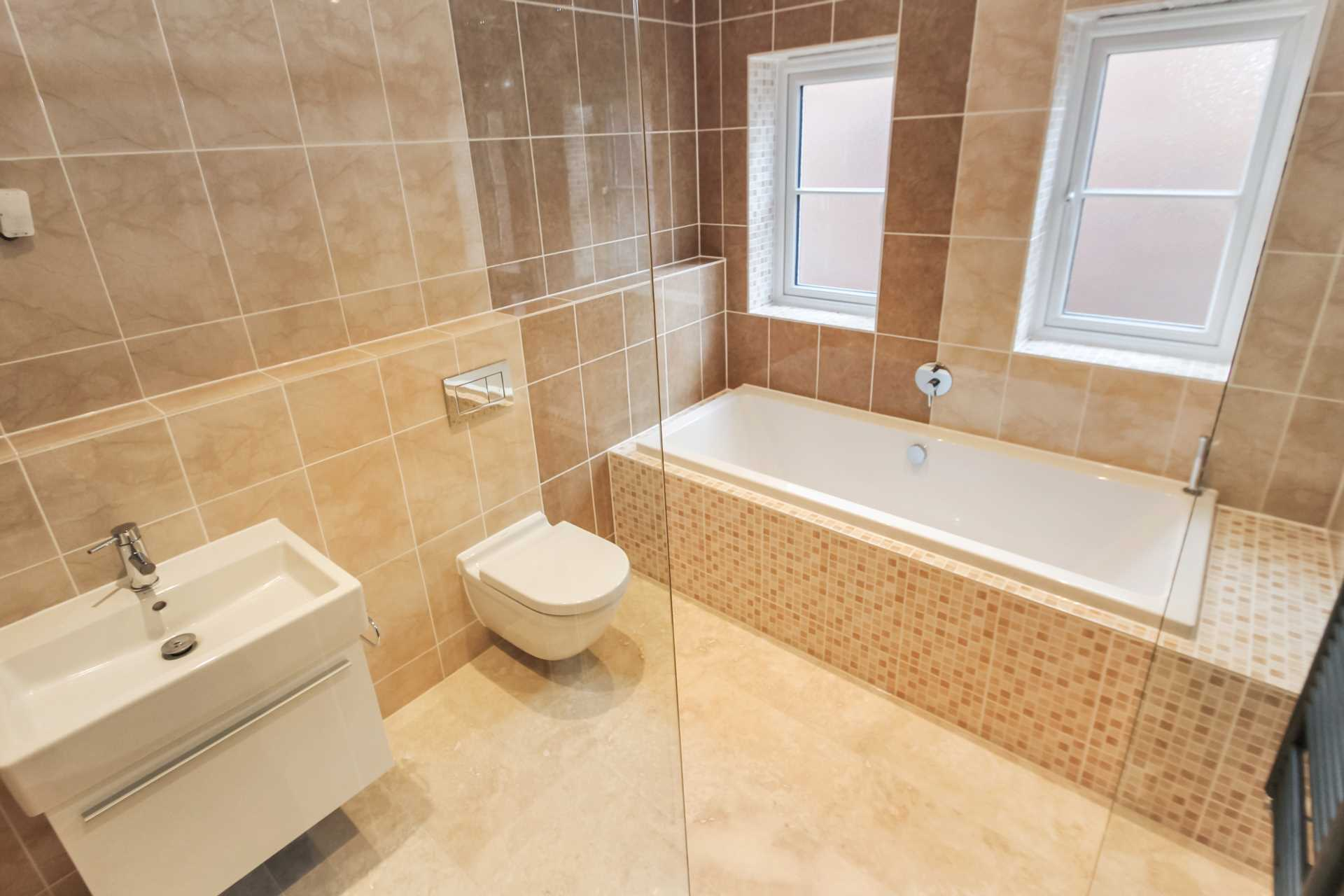 Plough Orchards, Weston Turville, Image 12