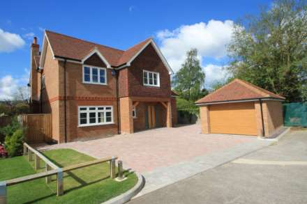5 Bedroom Detached, Plough Orchards, Weston Turville