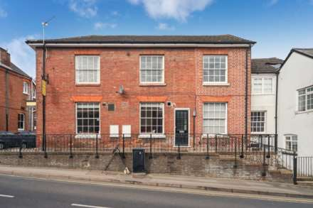 Frogmore Street, Tring, Image 1