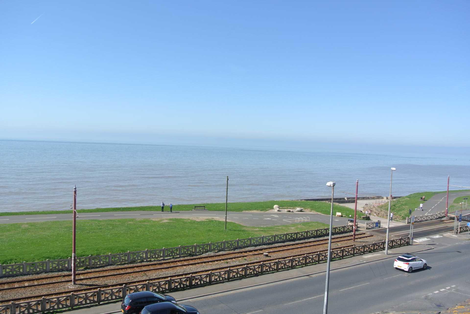 Dales View, Queens Promenade, Blackpool, FY2 9AB, Image 4