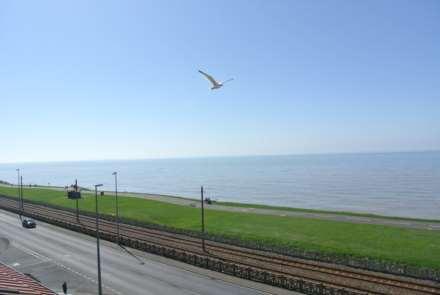 Dales View, Queens Promenade, Blackpool, FY2 9AB, Image 2