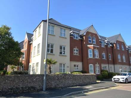 2 Bedroom Apartment, Woodlands View, Ansdell, FY8 4EF