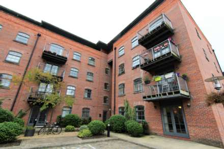 2 Bedroom Apartment, Chapeltown Street, Manchester, M1 2NN