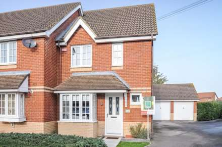 2 Bedroom Semi-Detached, Warborough Road, Shillingford